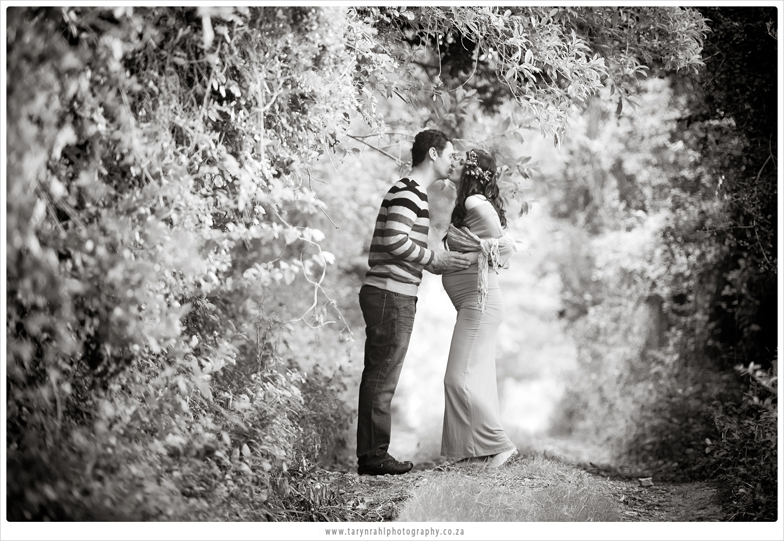 Tracy-lee and Michael | baby-bump